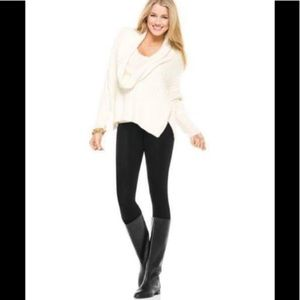 NWT SPANX Look at me Now Legging in Black XL